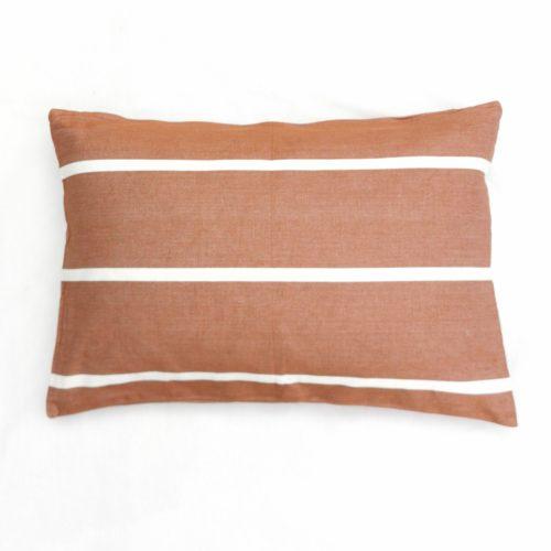 Moko mas tyynynpäällinen raidallinen tiili 40x60