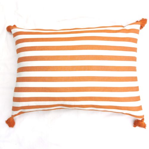 Moko mas tyynynpäällinen tupsut oranssi 50x70