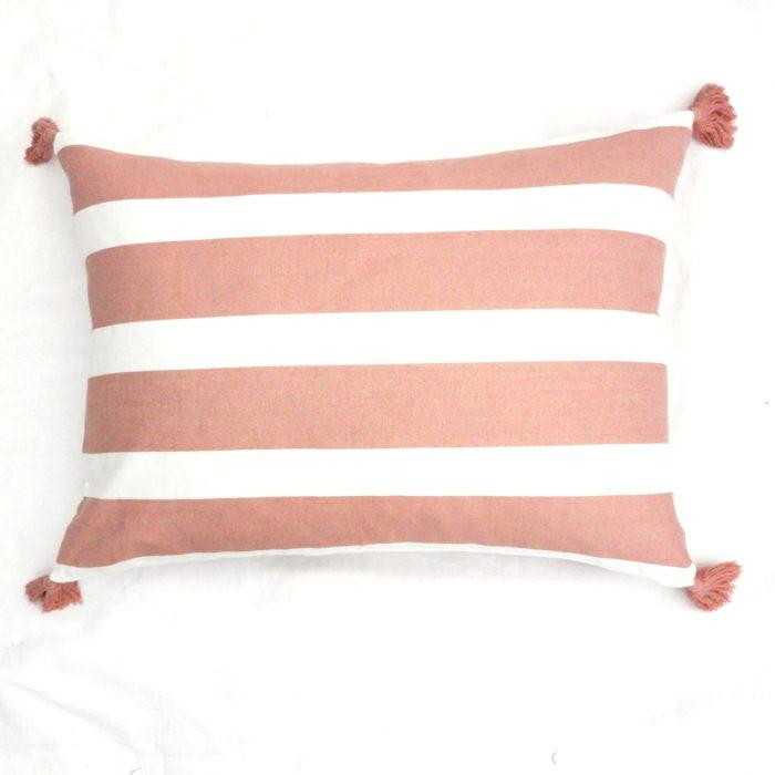 Moko mas tyynynpäällinen tupsut pinkki 50x70