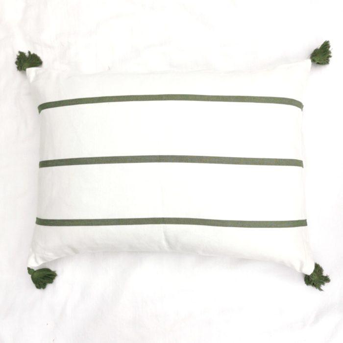 Moko mas tyynynpäällinen tupsut vihreä 50x70