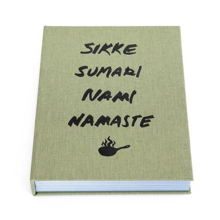 sikke-sumari-nami-namaste-kansi